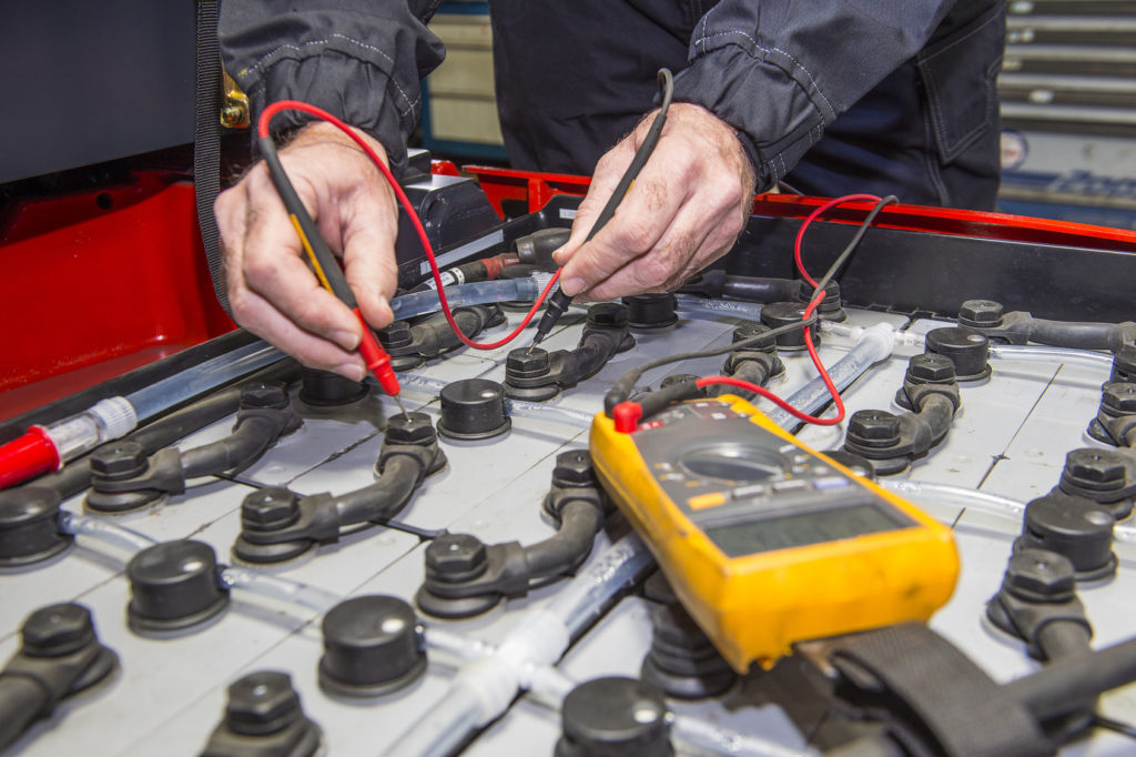 How To Safely Change A Forklift Battery