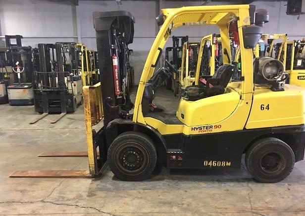 Hyster Forklifts H90FT Pneumatic Tire 9000lb Propane Forklift 2014