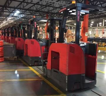 Raymond Forklifts 425C40TT Electric 4000lb Stand Up Rider Counter Balance Forklift 2011