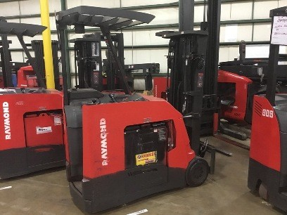Raymond Forklifts 425-C50TT Stand Up Rider End Control 5000lb Electric Counter Balance Forklift 2012