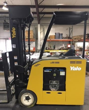 Yale Forklifts ESC040AC Electric 4000lb Stand Up Rider Narrow Aisle Counter Balance Forklift 2011