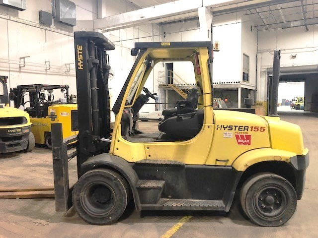 Hyster Forklifts H155FT Pneumatic Tire 15,500lb Propane Forklift 2015