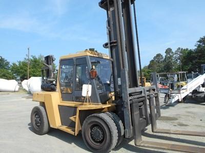 Caterpillar Forklifts DP90 9.5 Ton 19,000lb Pneumatic Tire Diesel Forklift 2008
