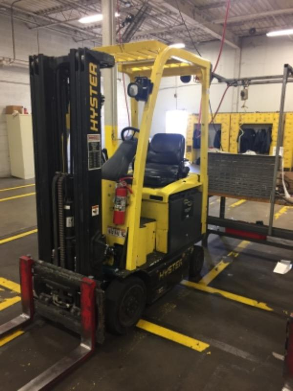 Hyster Forklifts E30XN Electric 4 Wheel Sit Down Rider Warehouse Forklift 2013
