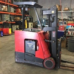 Raymond Forklifts R35C30TT Electric 3000lb Narrow Aisle Stand Up Rider Counter Balance Forklift 2012