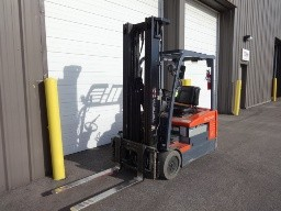Toyota Forklifts 7FBEU18 3-Wheel Sit Down Rider Electric 3500lb Narrow Aisle Forklift 2012