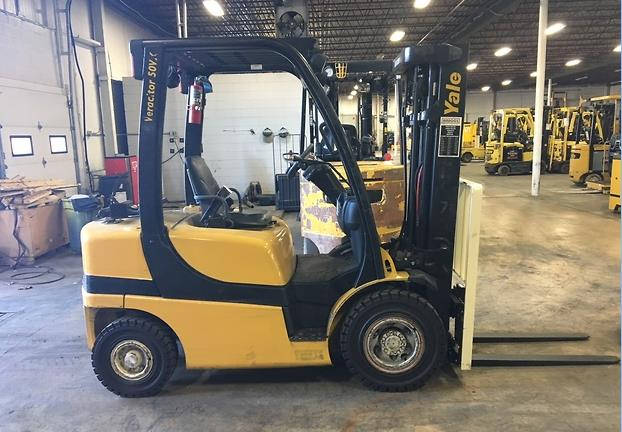 Yale Forklifts GLP050VX Propane Fuel Pneumatic Tire 5000lb Forklift 2014