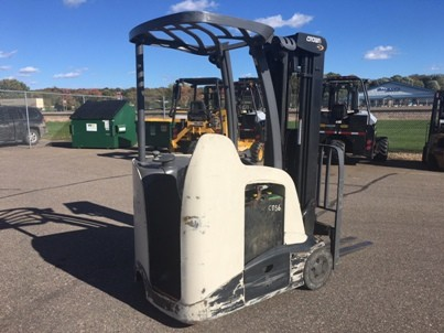 Crown Forklifts RC5535-35 Electric 3500lb Stand Up Rider End Control Counter Balance Forklift 2015