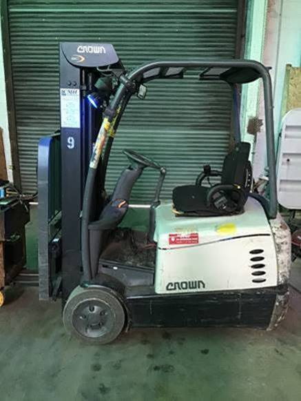 Crown Forklifts SC5225-35 Electric 3-Wheel Sit Down Rider 3500lb Warehouse Forklift 2015