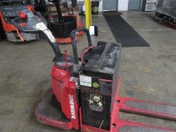 Raymond Forklifts 8400 Electric Walkie Rider 6000lb Pallet Trucks 2008