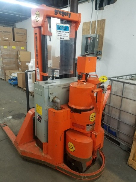Gregory WS4EX EX Walkie Electric Explosion Proof 4000lb Straddle Stacker  1998