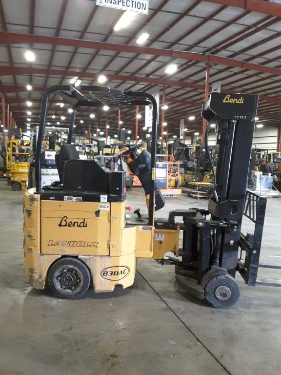 Bendi Forklifts B30/42E Very Narrow Aisle Articulating Swing Mast 3000lb Electric Side Loading Forklift 2013