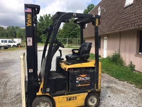 Yale Forklifts ERC040VAN48TE094 Electric 4 Wheel Sit Down Rider 4000lb Forklift 2012