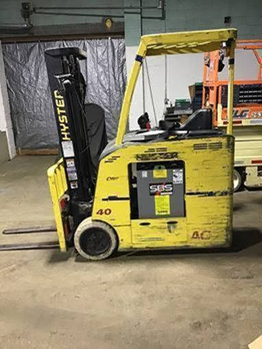 Hyster Forklifts E40HSD2-18 Stand Up Rider Counter Balance 4000lb Electric Narrow Aisle Forklift 2013