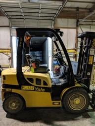 Yale Forklifts GDP050VX 5000lb Pneumatic Tire Diesel Forklift 2012