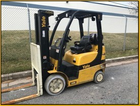 Yale Forklifts GLC050VX 5000lb Cushion Solid Tire Warehouse Style Propane Fuel Forklift 2014