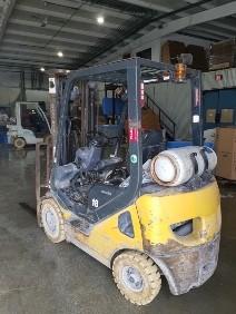 Komatsu Forklifts FG18HTU-20 Pneumatic Tire 3500lb Outdoor Propane Fuel Forklift 2010