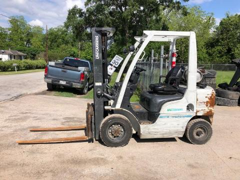 Nissan Forklifts PF50G Propane Fuel 5000lb Pneumatic Tire Outdoor Forklift 2015