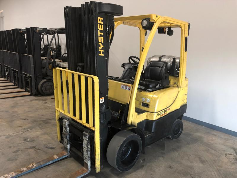Hyster S60FT 6000lb solid cushion tire warehouse style propane fuel forklift