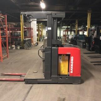Raymond 520OPC30TT electric narrow aisle 3000lb order picker forklift