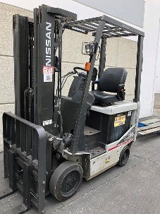Nissan MCK1B1L15S electric 4 wheel 3000lb sit down rider warehouse forklifts