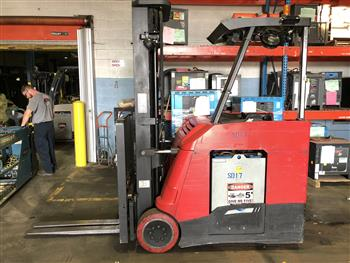 Raymond 425-C40TT electric stand up rider end control 4000lb counterbalanced narrow aisle forklift