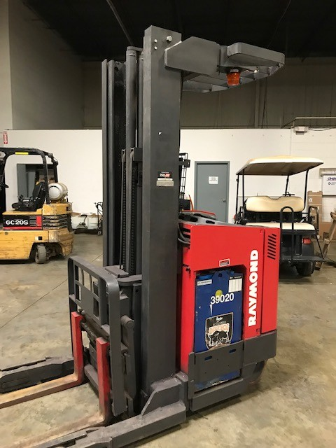 Raymond EASI-R40TT electric stand up rider 4000lb narrow aisle reach forklift.
