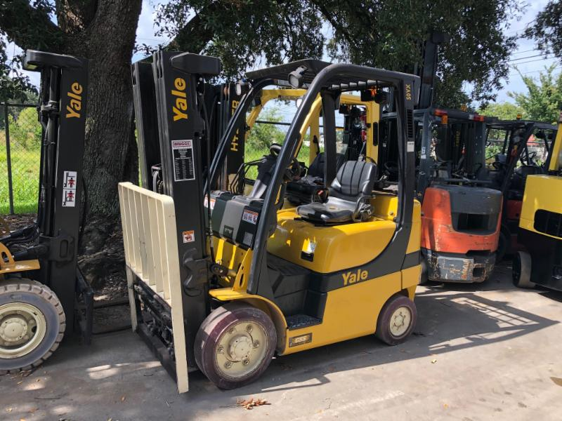 YALE GLC050VX propane fuel, solid cushion tire 5000lb warehouse style forklift