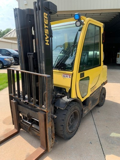 HYSTER H60FT pneumatic tire 6000lb 3 ton propane fuel outdoor forklifts