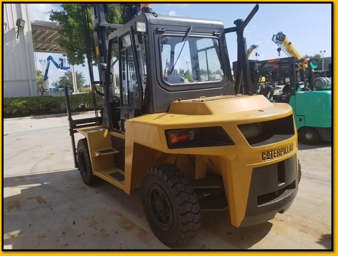 CAT DP70 15,500lb 7.5 ton pneumatic tire diesel engine outdoor forklift