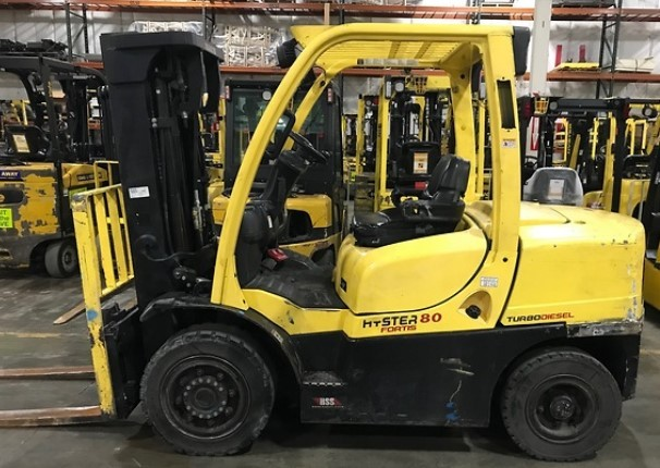 Hyster H80FT 8000lb diesel engine pneumatic tire 4 ton outdoor forklift