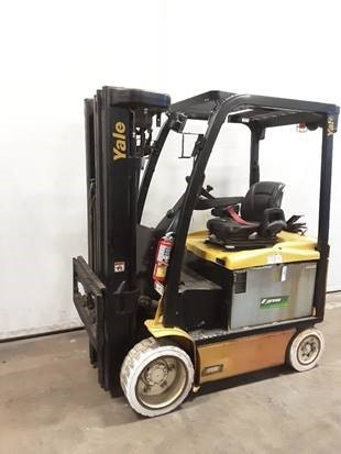 Yale ERC050VG electric 4 wheel sit down rider 5000lb warehouse forklift
