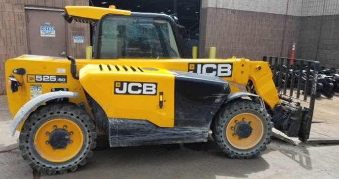 JCB 525-60 telehandler with diesel fuel 5500lb pneumatic tire outdoor construction vehicle.