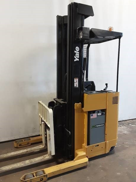 Yale NDR030 electric stand up rider 3000lb narrow aisle double reach truck