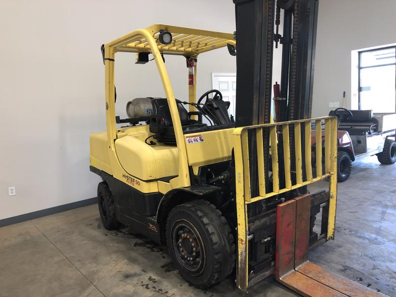 Hyster H90FT 9000lb pneumatic tire propane fuel outdoor forklift