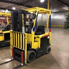 Hyster E50XN electric 5000lb 4 wheel sit down rider warehouse forklifts